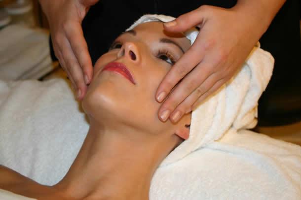 как ухаживать за кожей после шугаринга бикини