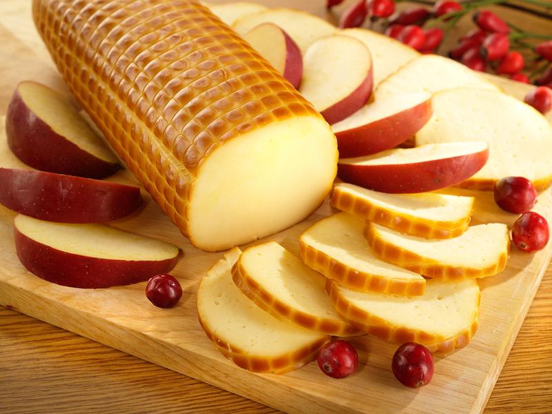 Чем полезен колбасный сыр?